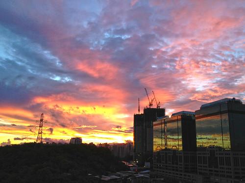 sky color building sunrise asia day cloudy kaleidoscope taipei 汐止 日出 xizhi 彩霞 多雲