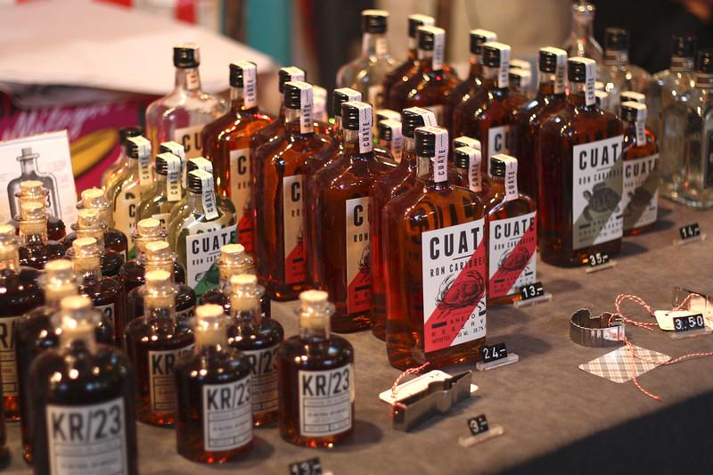 liqueur in markthalle 9