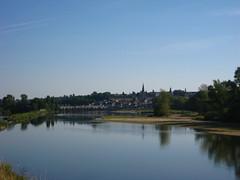Approaching La Charité-sur-Loire