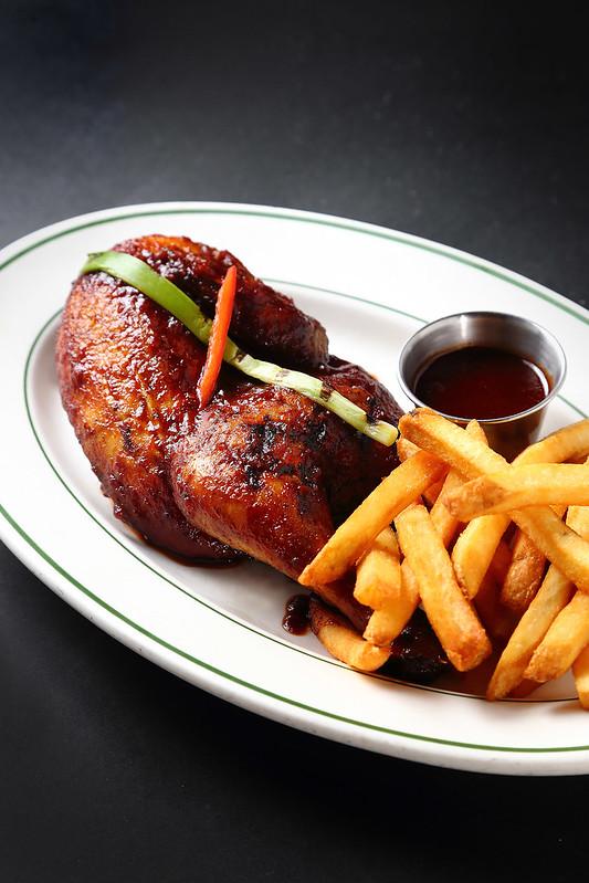 Dan Ryan's - BBQ Half Chicken