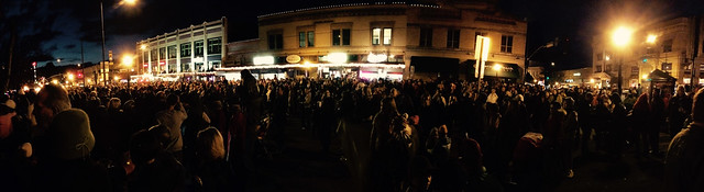 Prescott Courthouse Lighting Crowd Pano