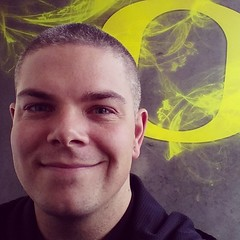 Cameron McKirdy is an #Oregon #Duck #GoDucks #Artist #selfie #Autzen #Eugene #OR #Football #Game