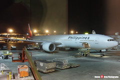 RP-C7776 - 37712 841 - Philippines Airlines - Boeing 777-36NER - LAX Los Angeles, California - 150103 - Steven Gray - CIMG5483