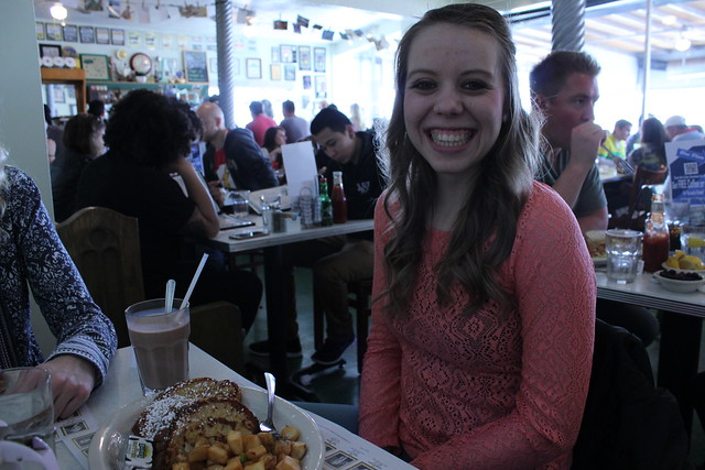 Valentine's Brunch with Sydney and Ellie