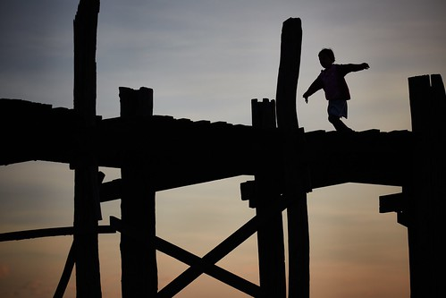 bridge girl silhouette sunrise flying running myanmar mandalay ubein