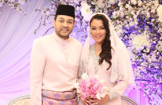 Sarimah Ibrahim & Tunku Jamie Nikah 2 April
