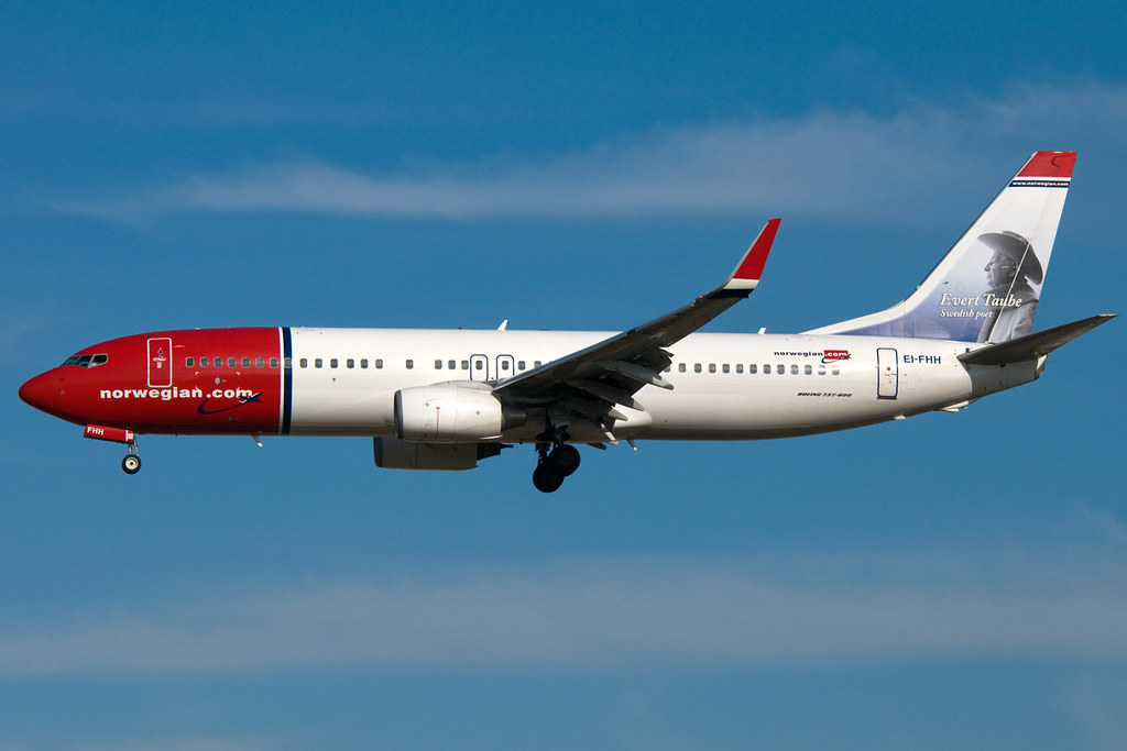 EI-FHH - B738 - Norwegian Air International