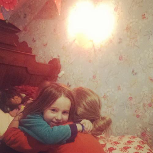 Ze slapen voor het eerst elk op hun eigen kamer #mijlpaal