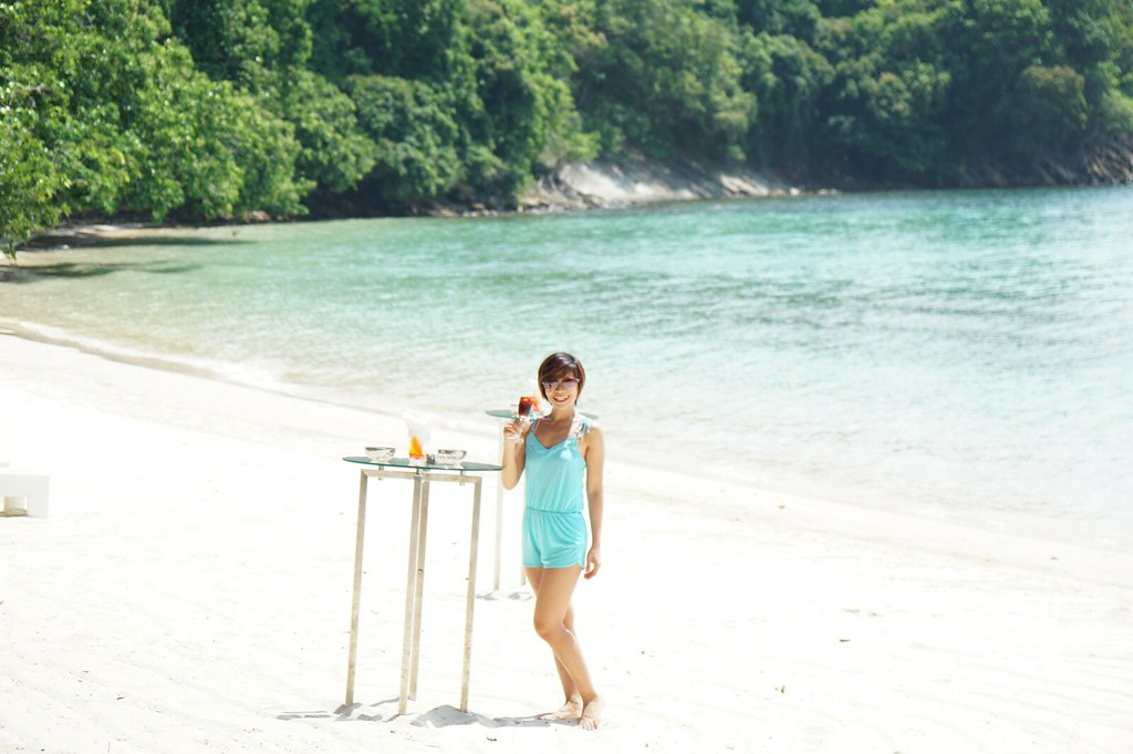 rebecca saw - gaya island resort
