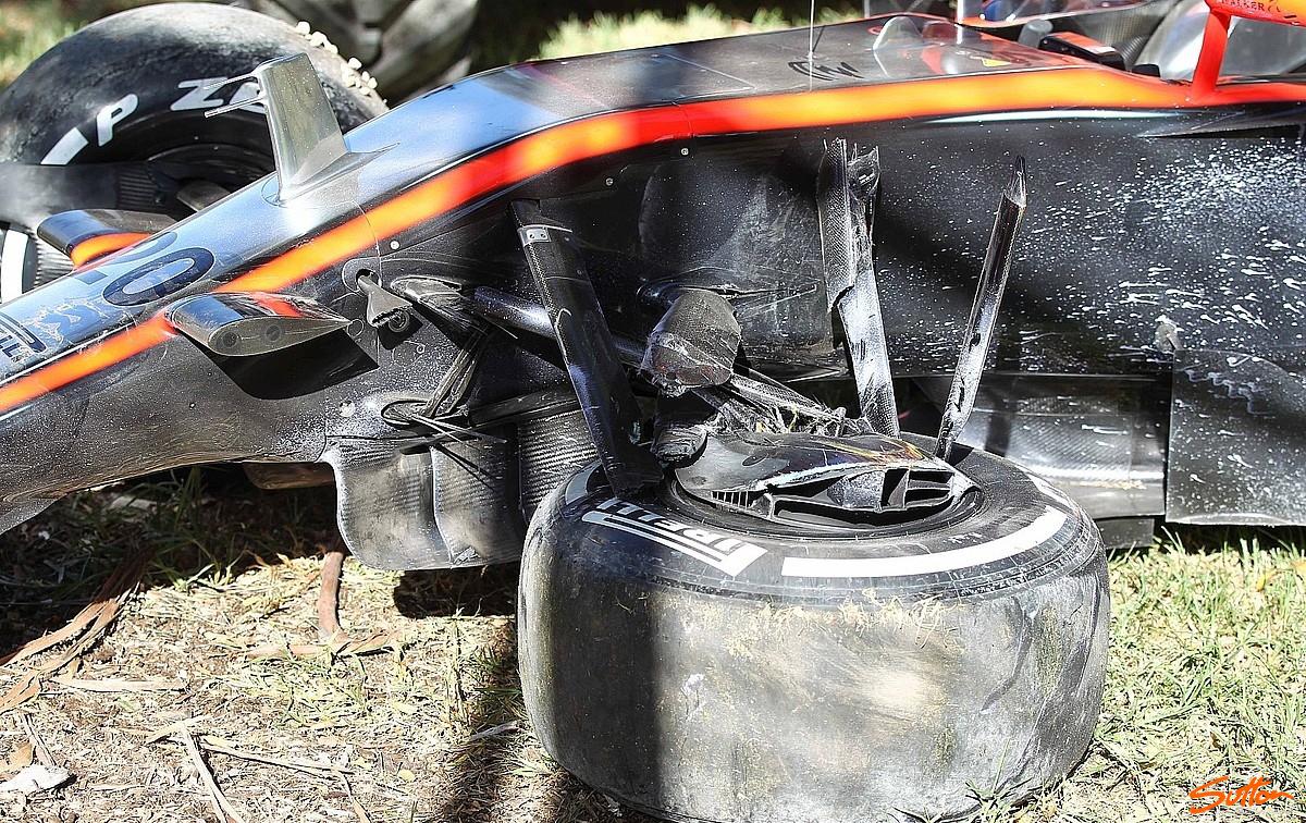 mp4-30-suspension