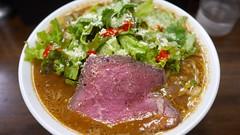 牛骨スープのスパイシー味噌らぁ麺�…