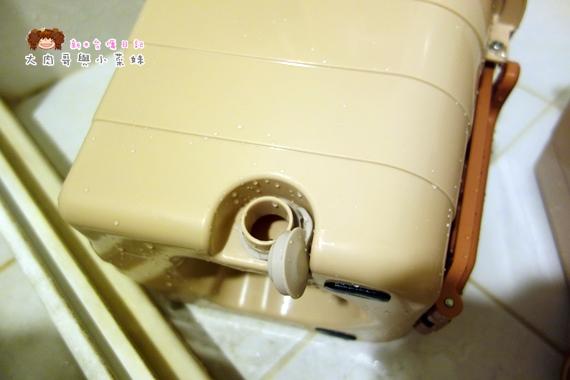 易拖寶Easymop 3D魔術雙驅動免沾手全能旋轉拖把 (9).JPG