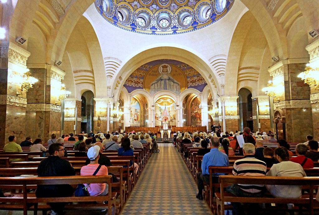 France-002021 - Inside Rosary Basilica