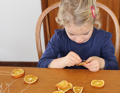 制作橙子干饰品