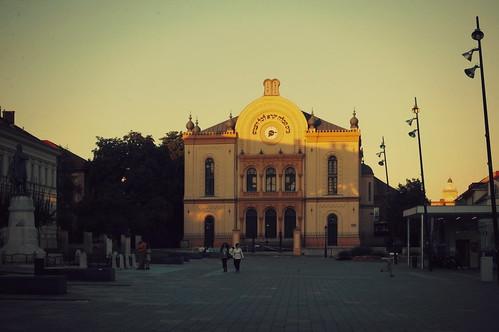 sunset hungary synagogue style romantic architects pécs 1869 gerster kauser feszl feszlfrigyes gersterkároly zitterbach kauserlipót