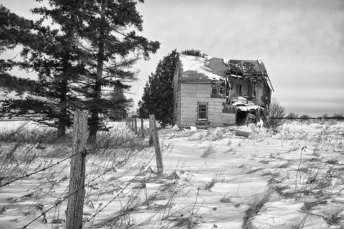 winter blackandwhite bw snow building abandoned architecture farmhouse rural fence bedroom unitedstates wind decay michigan farm toad collapse barbedwire damage upperpeninsula desolate derelict rudyard fauxbrick northernmichigan woodframe chippewacounty asphaltsiding nikcolorefex centerlineroad cedarshingles niksilverefex detailextractor fujixe1