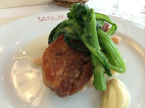 カナダ産三元豚バラ肉のコンフィ 白いんげん豆と白菜の煮込添え@ビストロ・サン・ル・スー