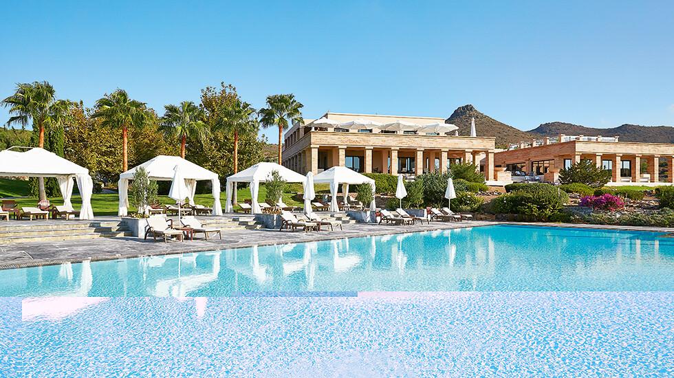 02-cape-sounio-pool-luxury-hotel-8635