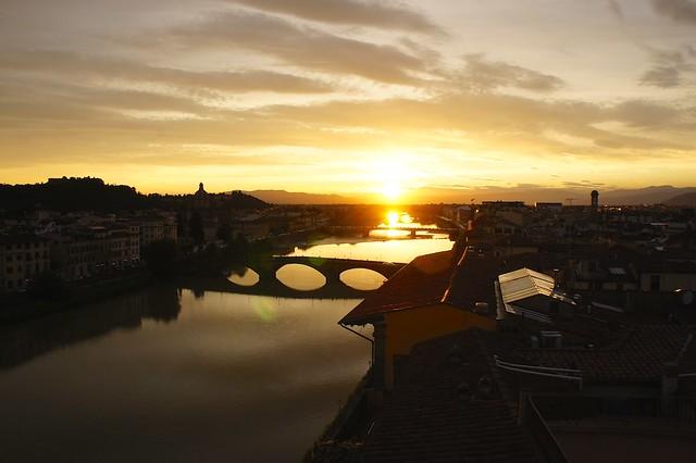 sunset-arno-antica-torre-firenze-cr-brian-dore