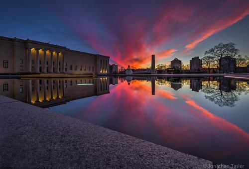 sunset reflections kansascity missouri reflectingpool nelsonatkins