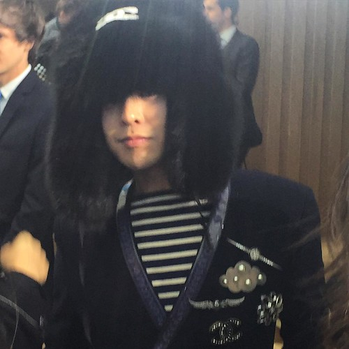 G-Dragon Chanel Haute Coutoure at Grand Palais Paris 2016-01-26 WKorea