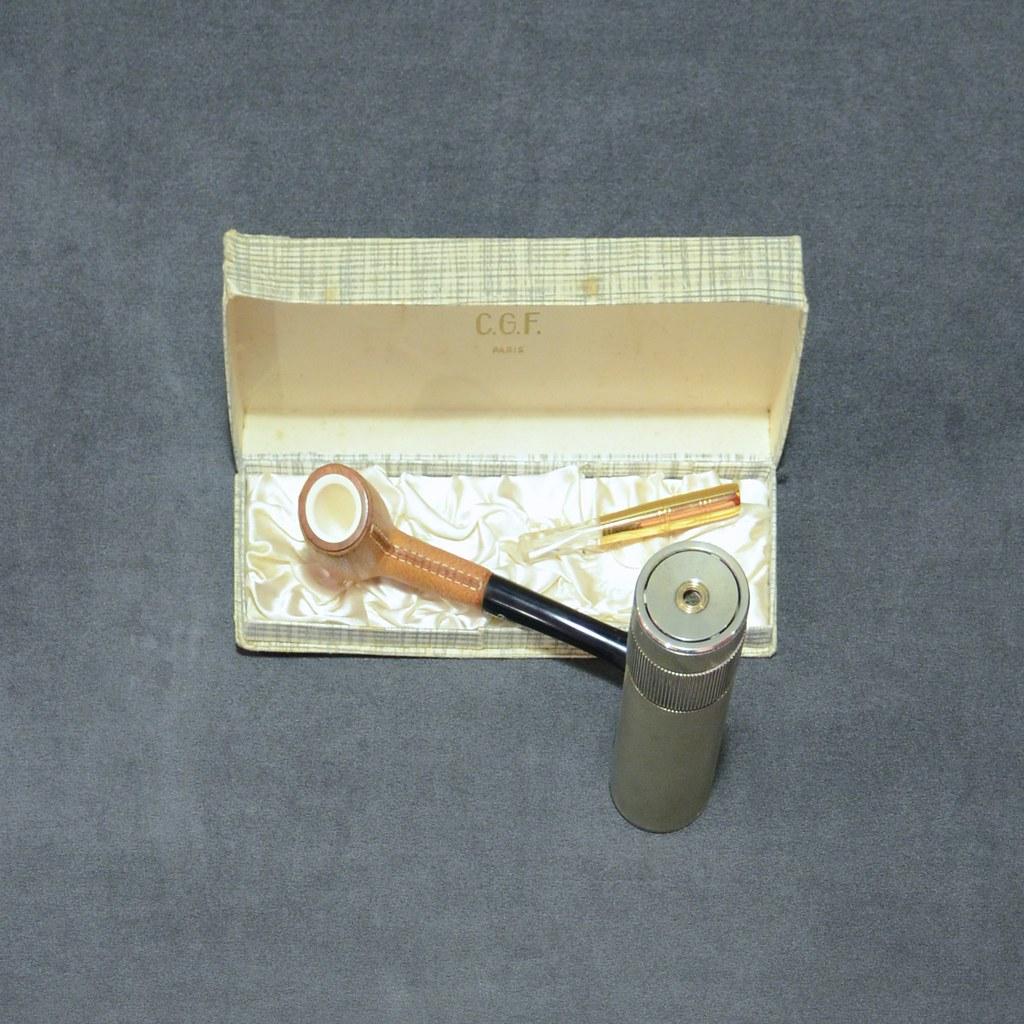 Dupont Table Lighter