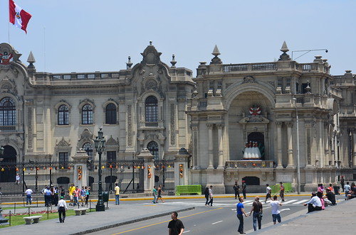 Blick von der Kathedrale zum Präsidentenpalast Limas