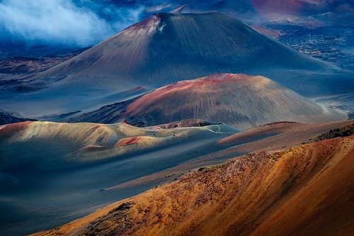 mountains volcano hawaii maui crater kula haleakalānationalpark