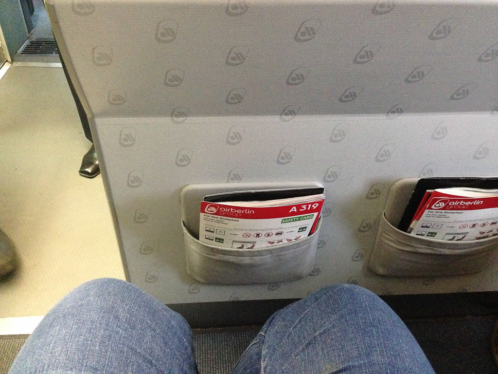 Legroom of bulkhead seat on Air Berlin flight
