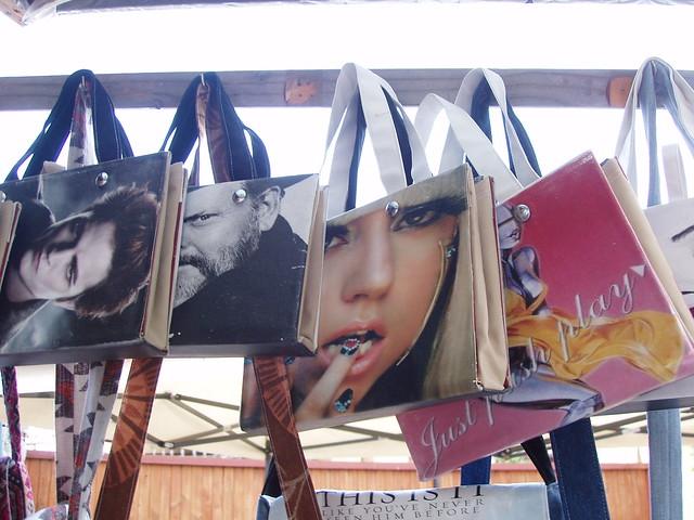 201411290035-book-bags