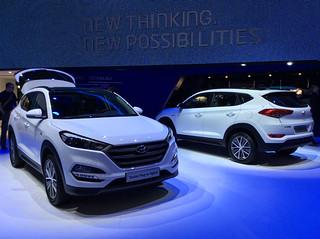 Hyundai-2015-Tucson-Plug-In-02