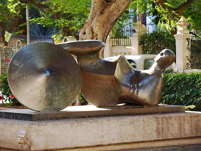 Henry Moore, La Rambla, Santa Cruz, Tenerife