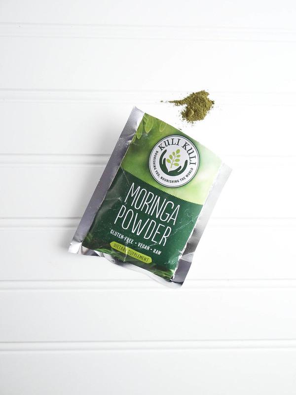 Mini Moringa Cakes // Matcha Frosted