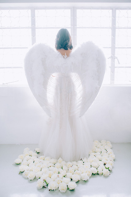 White wedding, style shoot, Multifolds, Tangyong Makeup, Heaven in Wild Flower, pure, white on white, wedding, jewellery, Melissa Celestine Koh, Truly Enamoured, Tiffany and Co Jewellery, flowers, fairy wings