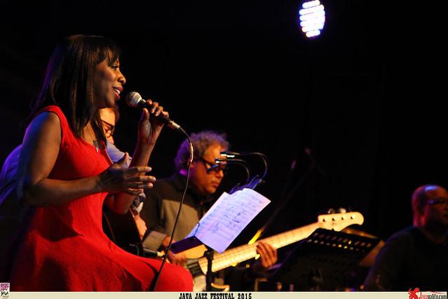 Java Jazz Festival 2015 Day 1 - Oleta Adams (2)