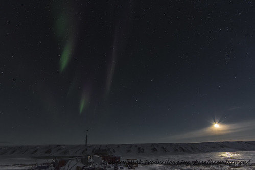 Moon light and Aurora over the house-8077