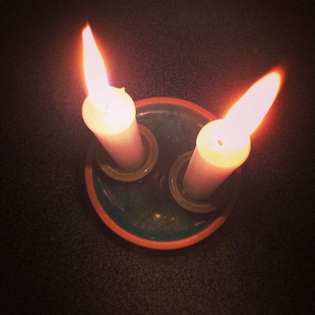 #Jews, did you light your #Shabbat candles tonight? I admit I'm usually so busy on Fridays that it doesn't happen. In fact I'm embarrassed to say that it's been so long that my 6 year old forgot we even had a Shabbat candle holder. My children do Shabbat