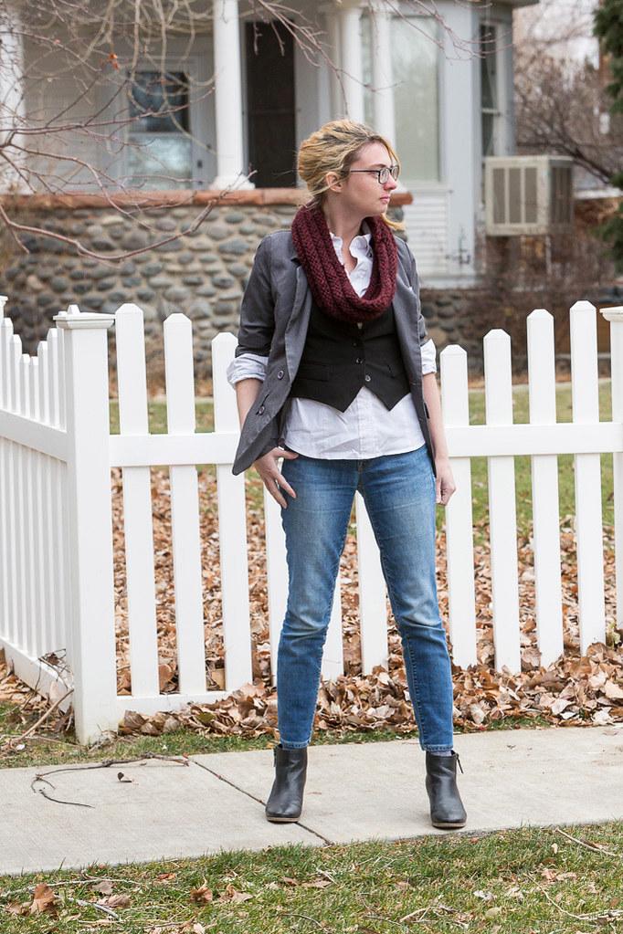 vest, blazer, skinny jeans,