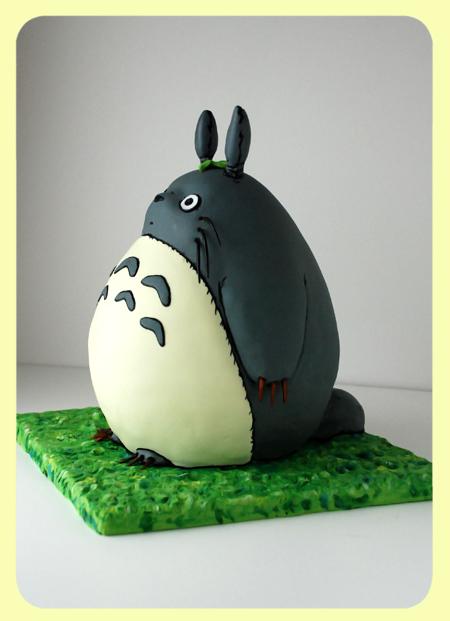 Cake_Totoro1_01