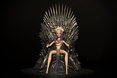 Queen Ru Takes Her Throne