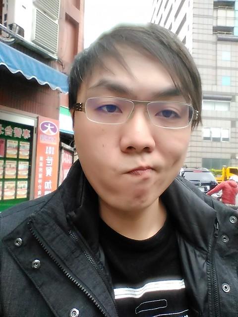 繼續超便宜神話!紅米 2 台灣版動手玩 + 影片 + 一二代比較 @3C 達人廖阿輝