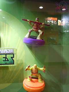 "McDonald's Happy Meal :: ""TEENAGE MUTANT NINJA TURTLES & Sweethearts"" / In-store display iv (( 2015 ))"