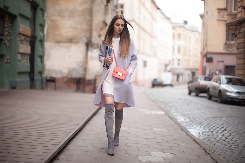 how-to-wear-pastel-coat-otk-boots-blogger