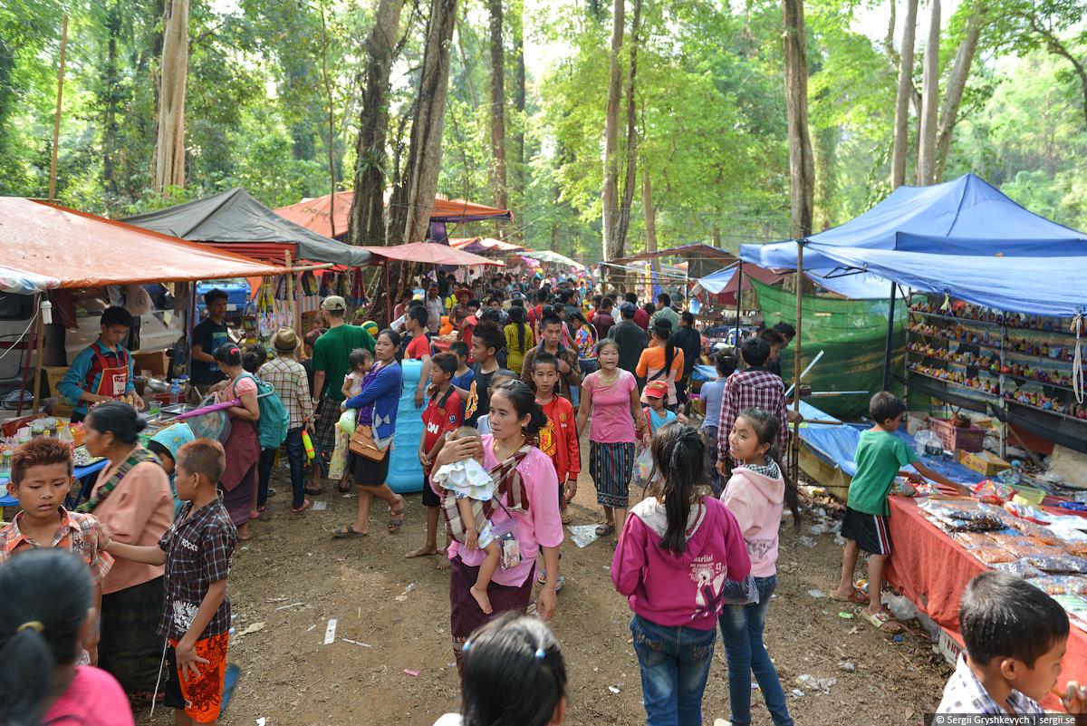 Kong_Lor_Cave_Laos-28