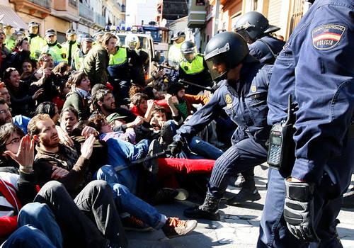 Càrrega de la policia al Cabanyal