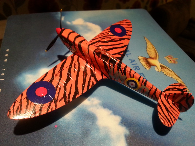 a spitfire with teeth fightercontrol. Black Bedroom Furniture Sets. Home Design Ideas