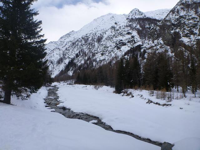 Il torrente nella valle
