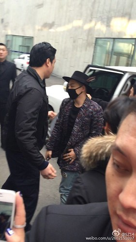 Big Bang - Harbin Airport - 21mar2015 - Tae Yang - SZ14 - 01