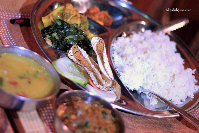 Nepal Khana Set