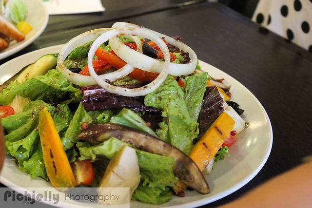 salad Fratini's Restaurant SMDC Jazz